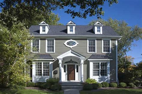 sharp contrast paint color ideas for colonial revival houses this house