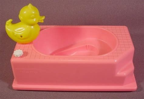 blow up rubber ducky bathtub barbie dollhouse kelly pink bathtub with rubber ducky 5