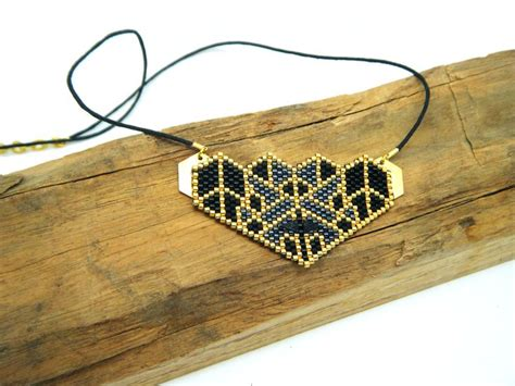 17 meilleures idées à propos de Modèles Peyote sur Pinterest   Motifs tissage de perles