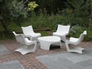 salon de jardin en pvc salon de jardin pvc blanc style moderne par salondejardin