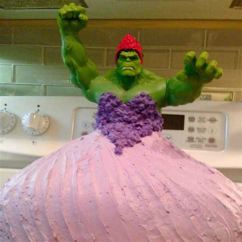 mom bakes hulk princess birthday cake todays parent