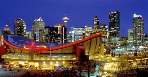 top bars in calgary best calgary bars and nightlife make your next night out