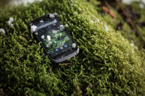 Explore Outdoor land rover explore outdoor phone 187 gadget flow