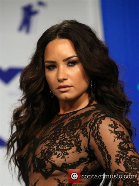 demi lovato biography galleries demi lovato biography news photos and videos