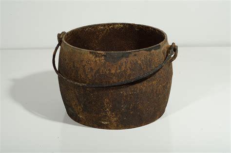Antique Cast Iron Pot With Handle
