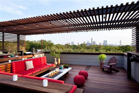 Amazing Rooftop Patio Makes Shady And Comfort while relaxing