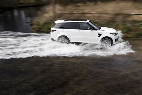 land rover svr white 2017 range rover sport svr to get 575hp f type svr engine