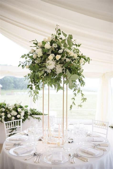 Centerpiece Flower Arrangements For Weddings by 25 Best Ideas About Wedding Centerpieces On