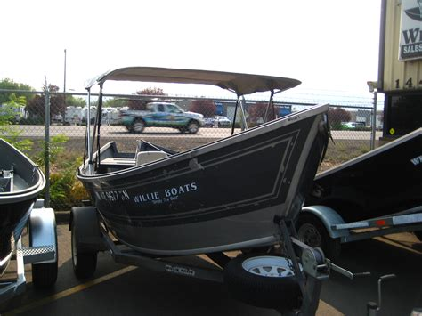willie sled boats pre owned boats for sale willie boats