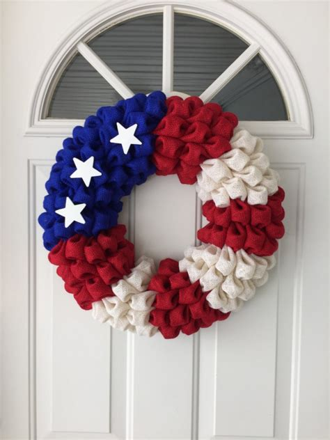 Handmade Wreaths - 16 patriotic handmade 4th of july wreaths that you can