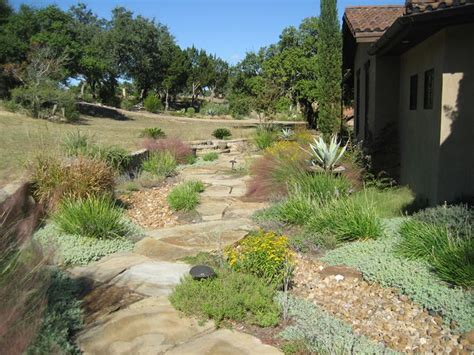 Hill Country Gardens - best 25 country landscaping ideas on country