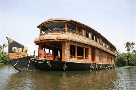 boat house kerala prices 4 nights 5 days kerala tour package with deluxe houseboats