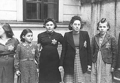 wann begann die judenverfolgung berlin