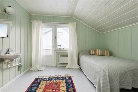 light green bedroom for the home