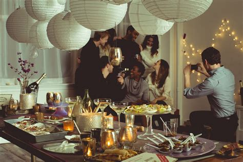 host a dinner party how to host the perfect dinner party acity life