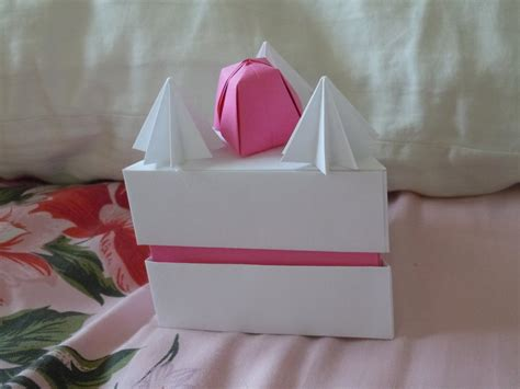 Origami Cake Box - origami cake box by sugariest on deviantart