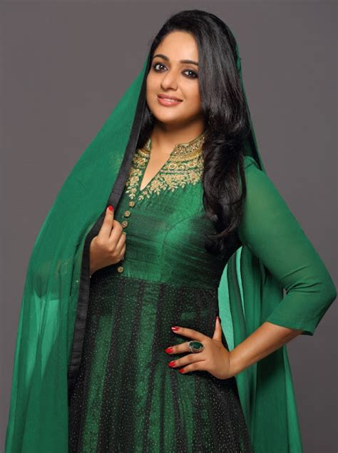 here are certain latest pics of kavya madhavan hairstyles trend view kavya madhavan latest photos in saree for laksyah