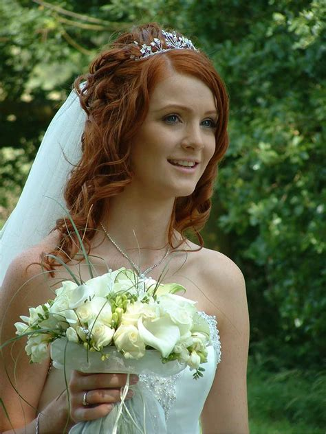 Vintage Wedding Hairstyles For Curly Hair by 20 Easy Wedding Hairstyles That You Can Do At Home Magment