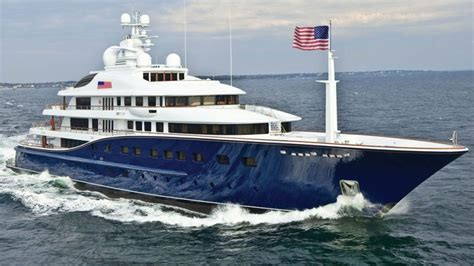 donald trump yacht trump calls for new presidential yacht to tally n 246 ttr 220 e