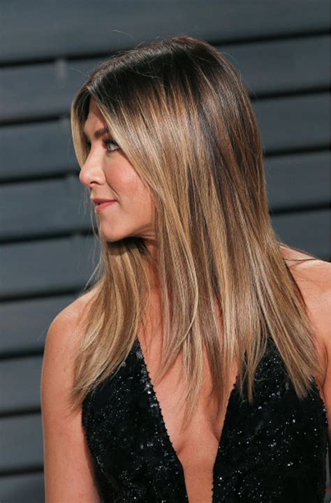 jennifer aniston hairstyles and colors the 25 best jennifer aniston hair ideas on pinterest
