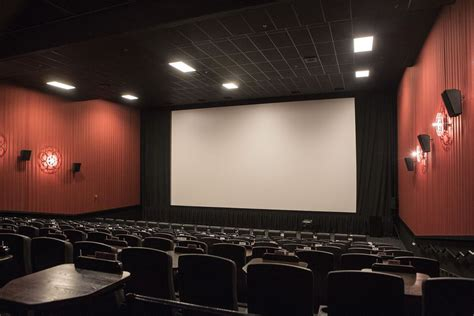 amc theatres to open nine screen movie theater at wheaton alamo drafthouse team cracks open long awaited dine in