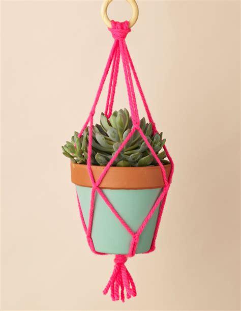 macrame plant hanger mollie