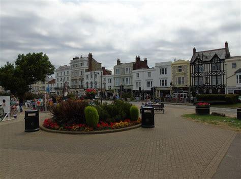 town hall  british isles   limit