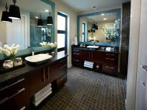 Hgtv Master Bathroom Designs by Modern Bathroom Design Ideas Pictures Tips From Hgtv