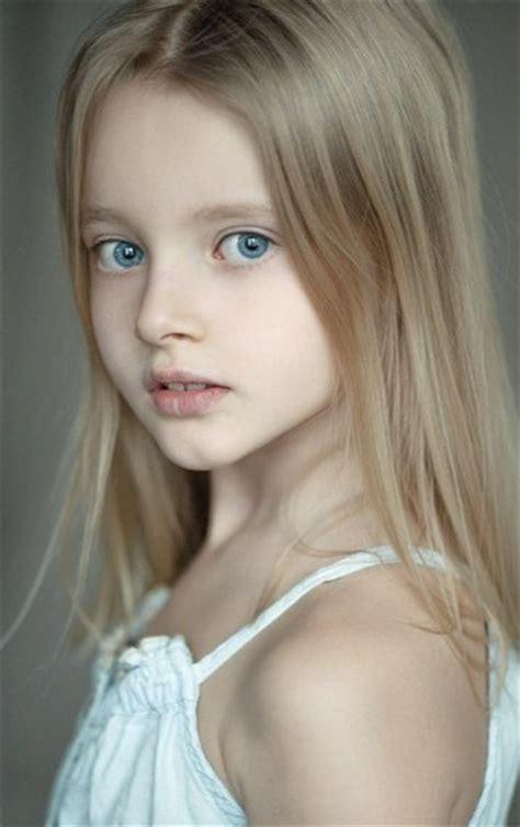 pretten russian models russian child model evelina voznesenskaya photograph
