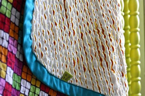 Chenille Baby Blanket Pattern by Free Tutorial Faux Chenille Baby Blanket By Willard