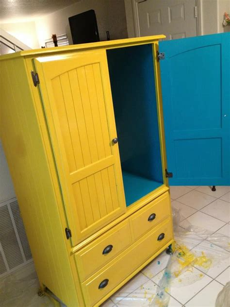 Tv Armoire Makeover by I A Tv Hutch Similar To This And I Think It S