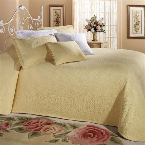 bed spreds william and mary ii lightweight woven matelasse bedspreads