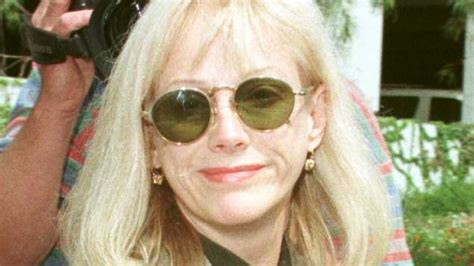 sondra locke i clint eastwood clint eastwood s partner sondra locke passes away