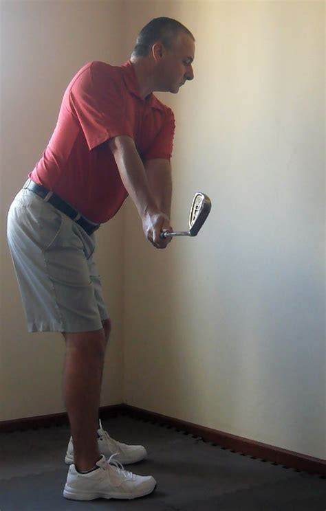 the correct golf swing takeaway golf swing 207 takeaway common faults in the golf swing
