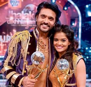 aktor film rangrasiya anil and madz set stage on fire for glitzy jhalak finale
