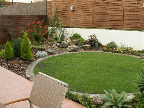 Ideas Jardineras Patio Jardin Decocasa 187 Jardines Peque 241 Os Trucos Para