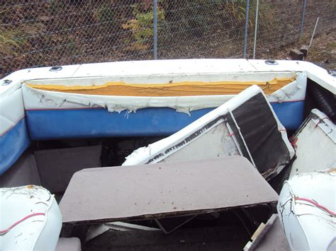 bayliner boats repair bayliner classic 2252 cuddy cabin classic 2252 cuddy cabin