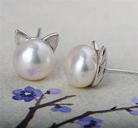 Cat Ear Stud s leaf cat ear stud earrings freshwater cultured pearl