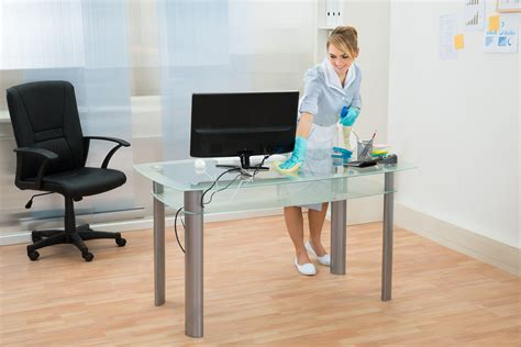best cleaner for office desk rpc the 10 most common bacteria found in the office rpc