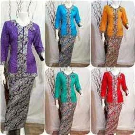 Baju Natal Stelan Rok N Blus Batik baju batik model setelan atasan dan bawahan baju batik
