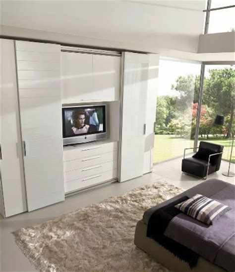 Sliding Wardrobe Doors With Tv by 25 Best Ideas About Bedroom Tv On Buffet