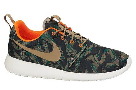 Nike Roshe Camo lyst nike roshe run tiger camo in green for