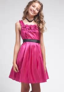 tips for finding cheap junior dresses