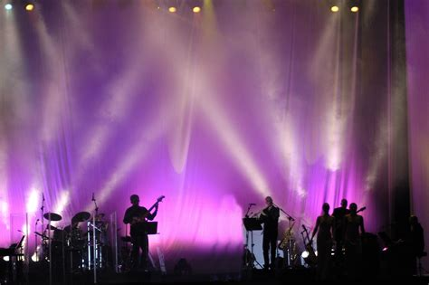 stage lighting courses what is a moving light learn stage lighting com