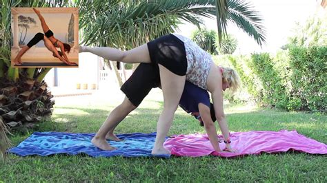 imagenes de yoga de tres personas yoga challenge para gordos freshlore youtube