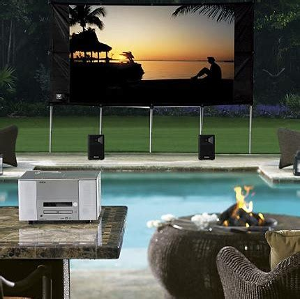 backyard theater system frontgate quand le home cinema investit le jardin tech