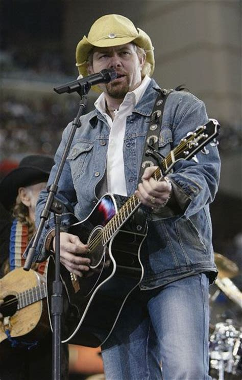 toby keith football 17 best images about toby on pinterest chugs brantley