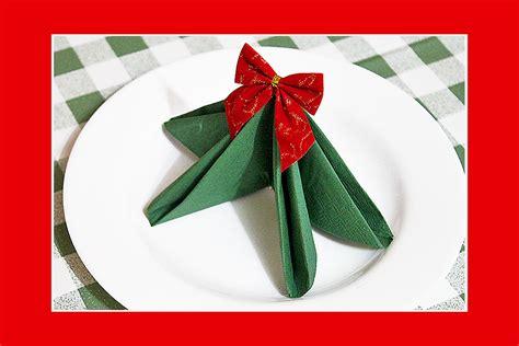 weihnachtsbaum servietten falten servietten falten tannenbaum home design ideas