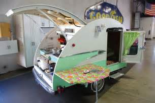 Retro Teardrop Camper For Sale kitten vintage happy vintage camper