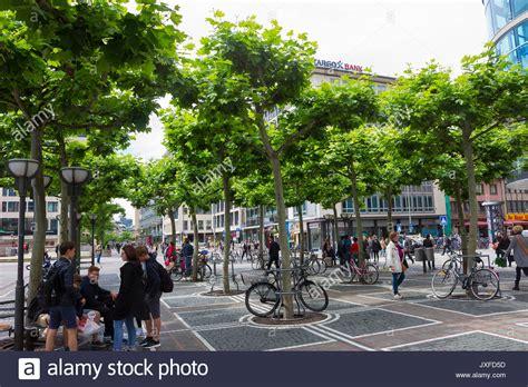 zeil shopping promenade zeil frankfurt stock photos zeil frankfurt stock images